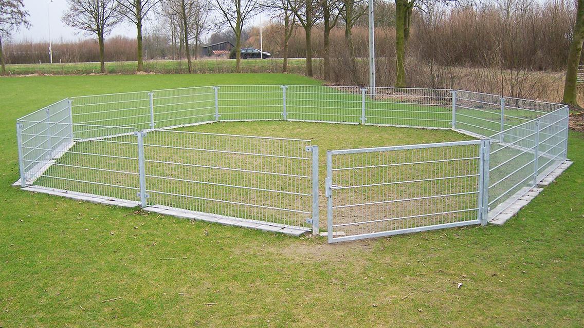 Voetbalveld afrastering2
